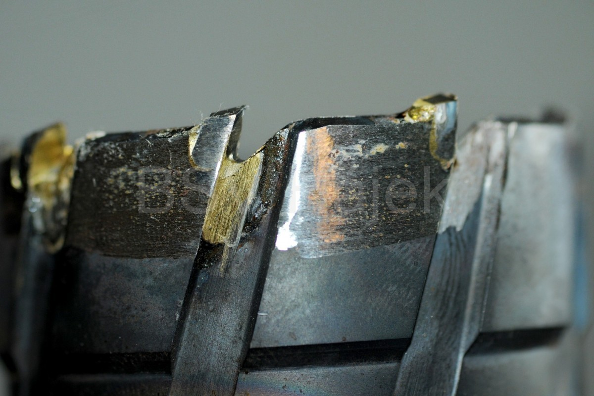 Opravy nástrojů